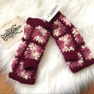 Nirvanna Designs Crochet Floral Fingerless Gloves